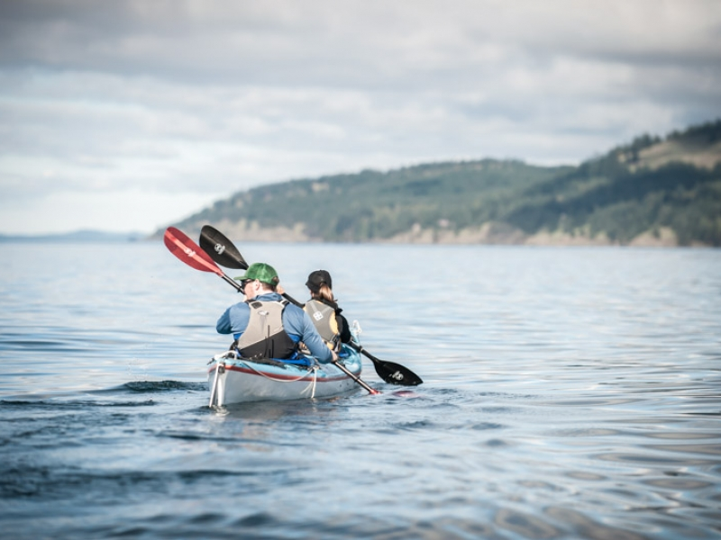 Kayaking to Stuart Island