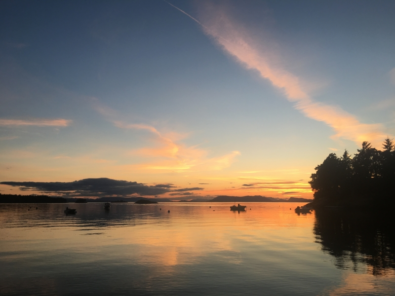Sunset from Roche Harbor while on a guided kayak tour
