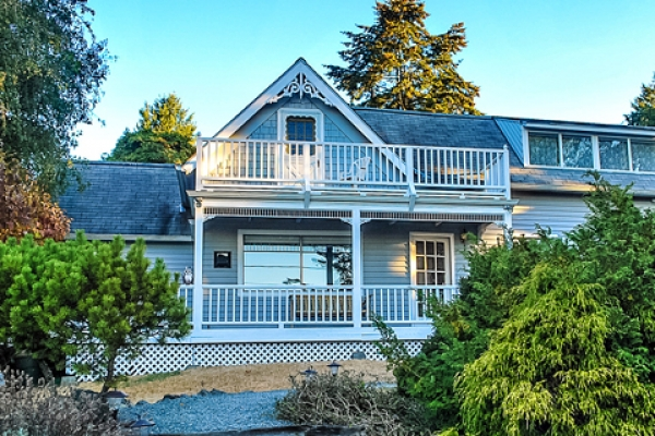 Island Cottage of Orcas Cottages exterior
